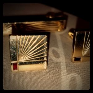 Mens Gold Plated cufflinks and matching  tie bar
